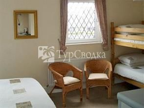 Holmwood Guest House 3*