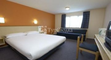 Travelodge Chester Northop Hall 2*