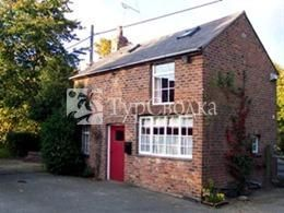 Kingswood Coach House Saughall 3*