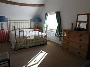 The Old Farmhouse Bed and Breakfast Shipston on Stour 4*