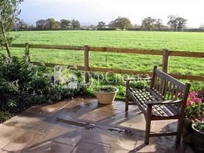 Fernlea Cottage Bed & Breakfast Tattenhall 4*