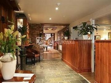 The Hanmer Arms Hotel Whitchurch 4*