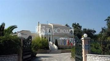 St Nicholas Beach Apartments 3*