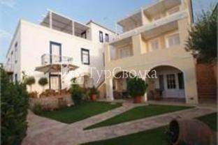 Zoe's Club Apartment Spetses 3*