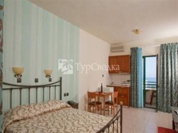 Dias Hotel and Apartments 4*