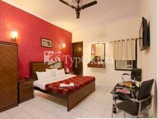 Apollo Hotel Agra 1*