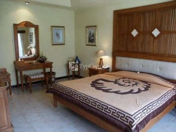 Blue Point Bay Villas & Spa 5*