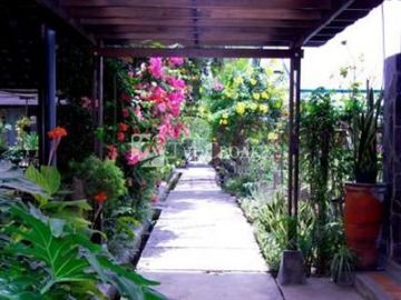 de Daunan Home and Garden Guest House 1*