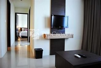 Solo Paragon Hotel & Residences 4*