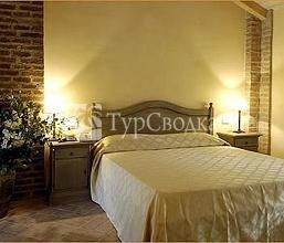 Relais Cascina Scottina 4*
