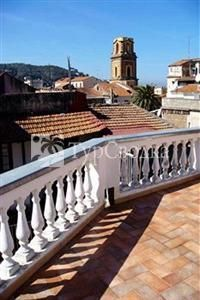 Sorrento Town Suites 3*