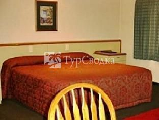 Birchwood Manor Motel 5*