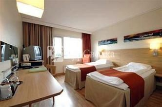 Scandic Bergen Airport 3*
