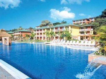 Playa Blanca Beach Resort Spa & Residences 5*