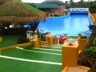 Cool Waves Ranch and Waterpark Resort 3*