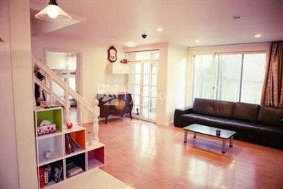 Big Tree House Hostel Seoul 1*