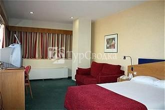 Holiday Inn Express Madrid - Tres Cantos 3*