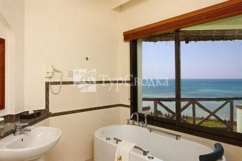 Sea Cliff Resort & Spa 5*