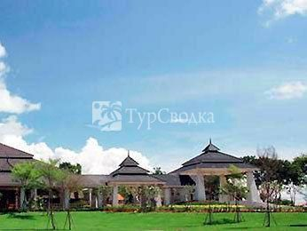Novotel Chumphon Beach Resort & Golf 4*