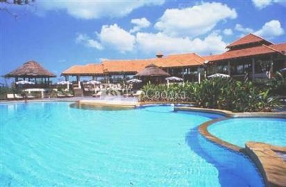 Royal Bangsak Beach Resort 4*