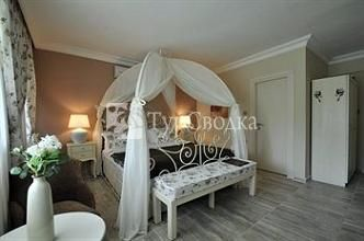 Agva Greenline Guesthouse 3*