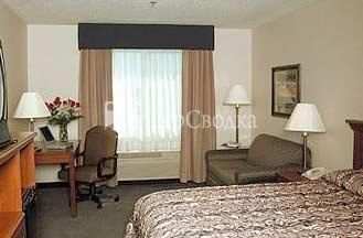 Ameristay Inn and Suites Batavia 2*