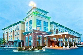 Holiday Inn Boise Airport 3*