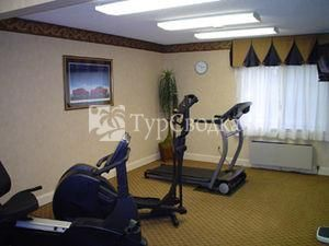 Baymont Inn & Suites Bowling Green (Kentucky) 2*