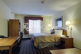 BEST WESTERN Inn & Suites-Midway Airport 2*