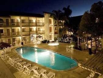 Ramada Carlsbad by the Sea 3*