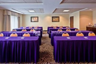 Holiday Inn Express Hotel & Suites Hixson 3*
