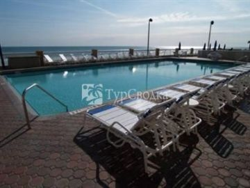 Hampton Inn Daytona Shores - Oceanfront 3*