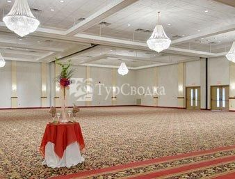 Ramada Inn Convention Center Eau Claire 2*