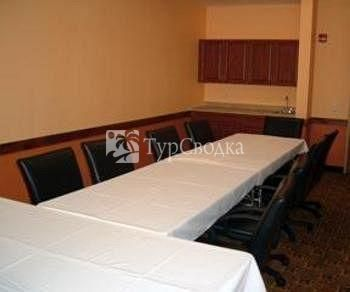 Sleep Inn & Suites Conference Center 2*