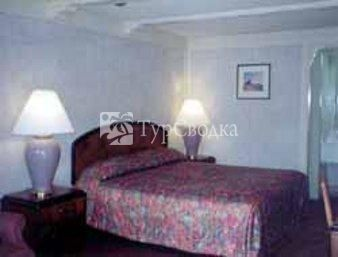 Knights Inn Elkton 2*