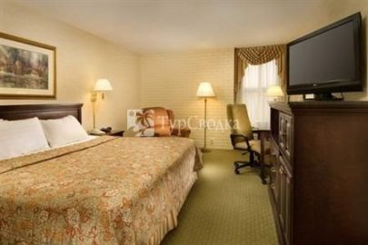 Drury Inn & Suites Denver Tech Center 3*