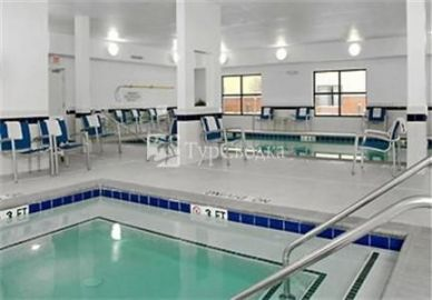 Erie TownePlace Suites 2*