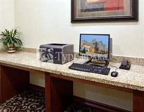 Holiday Inn Express Fort Worth I-35 Western Center 2*