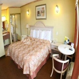 Glen Capri Inn & Suites - San Fernando Road 2*