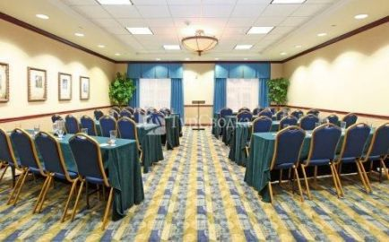 Holiday Inn Express Hotel & Suites DFW - Grapevine 2*