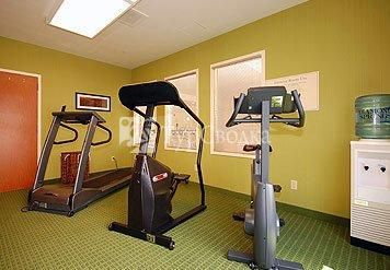 Fairfield Inn & Suites Greenwood 2*