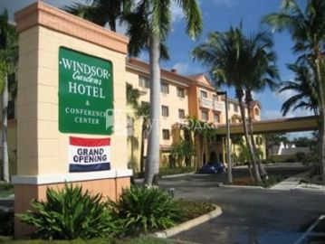 Windsor Gardens Hotel Juno Beach 3*