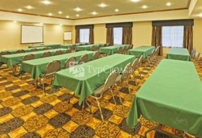 Holiday Inn Express Hotel & Suites Kilgore North 2*