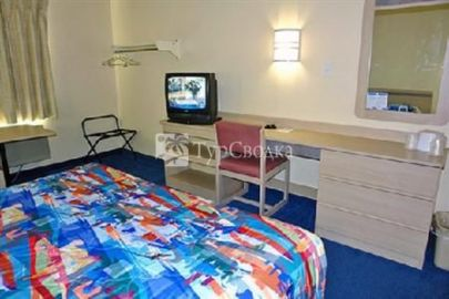 Motel 6 Philadelphia - King of Prussia 2*