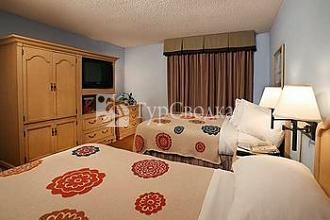 Embassy Suites Orlando/Lake Buena Vista Resort 3*