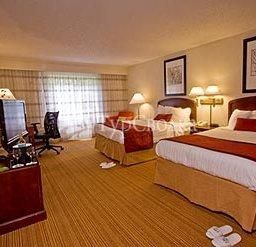 Courtyard by Marriott Lansing 3*