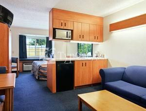 Microtel Inn and Suites Lillington 2*
