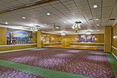 Americas Best Value Inn and Conference Center 2*