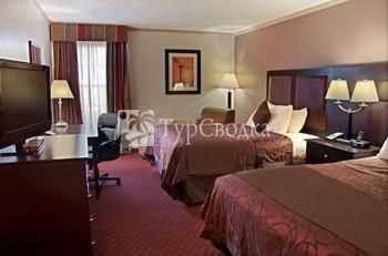 BEST WESTERN Lubbock Windsor Inn 2*