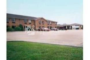Marion Airport Inn & Suites 2*
